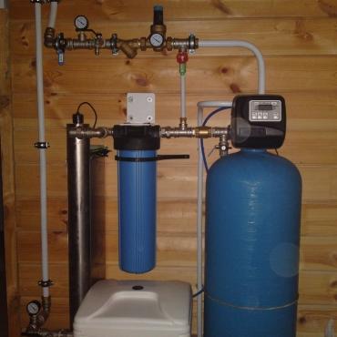 Система умягчения воды с обеззараживанием в частном доме
